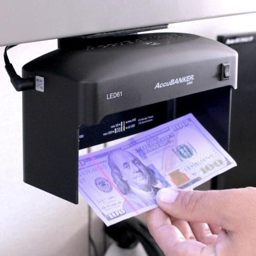 2-AccuBANKER LED61 kontrola novčanica